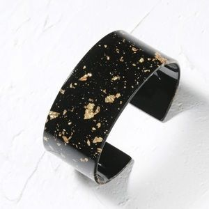 Just in! 🆕 Black w/Gold Flakes Acrylic Cuff